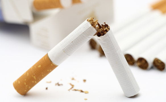 Smoking- 5 reasons why we are against it by Dentist Irene Nuta